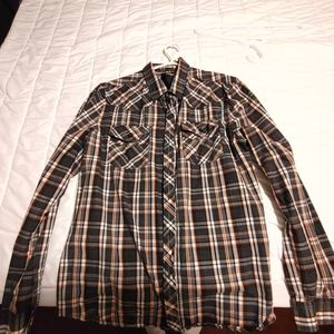 Urban Heritage button up